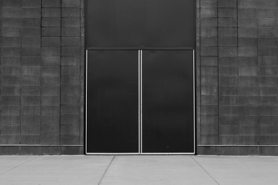 black and white, Photo Vogue, doors, social landscape, Lewis Baltz,