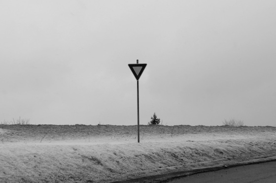photo, black and white, sign, yield, winter,