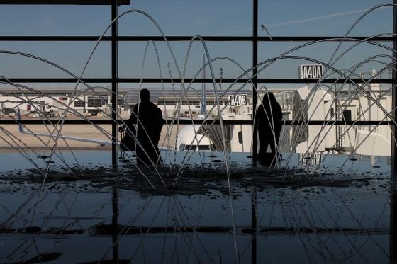 water fountain, Detroit Airport, WET Design,