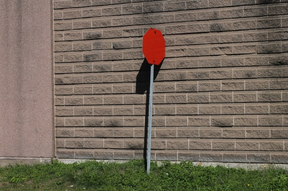 blank stop sign, shadow,