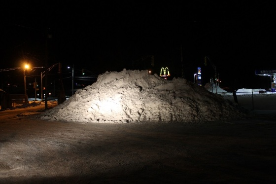 night, snow pile, winter,