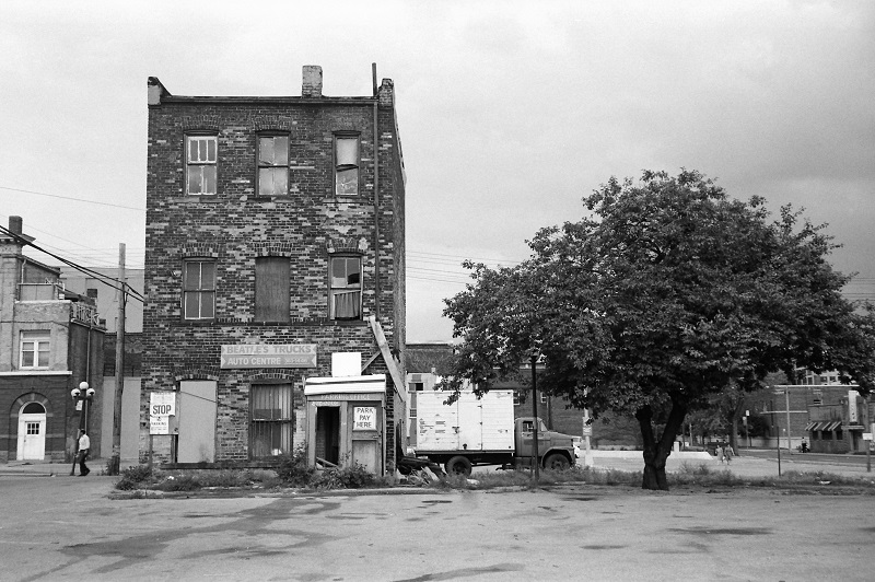 Queen Street West, Portland Street, abandoned building, 1983,