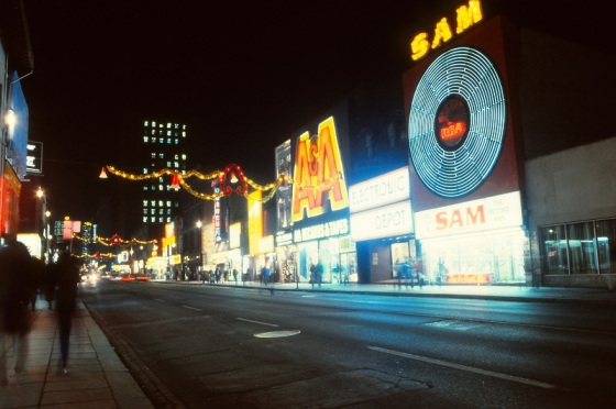 Toronto, Yonge Street, Sam the Record Man, A&A,