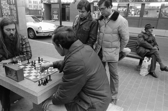 speed chess, Yonge and Gould, Toronto, 1982,
