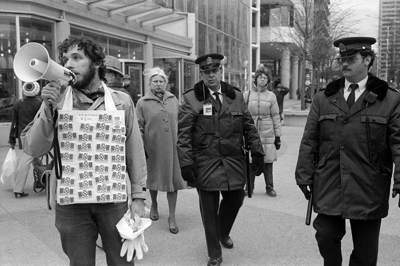 police, protester,
