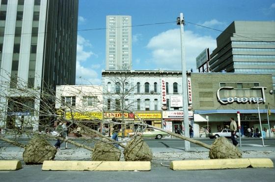Toronto, Yonge street,