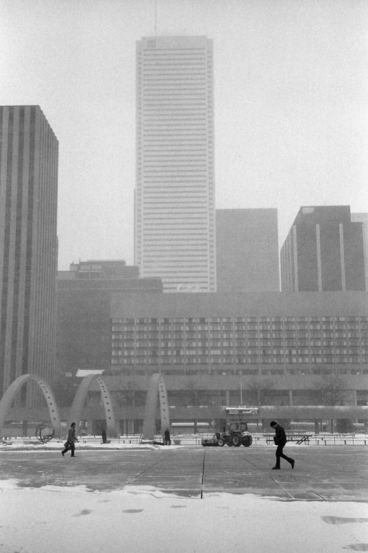 Toronto, winter, Nathan Phillips Square,