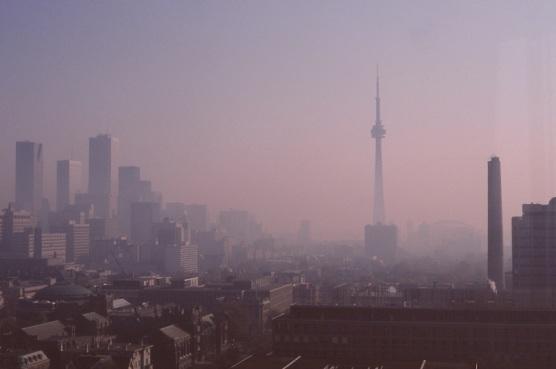 Toronto Skyline, CN Tower, smog, 1989